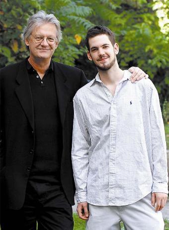 David Gilmour con su hijo Jesse.